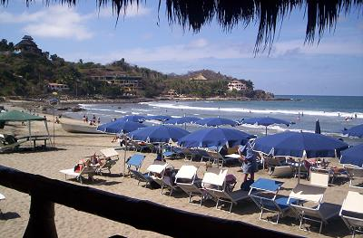 beach view from Don Pedro's restaurant in sayulita